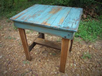 Журнальный столик под старину